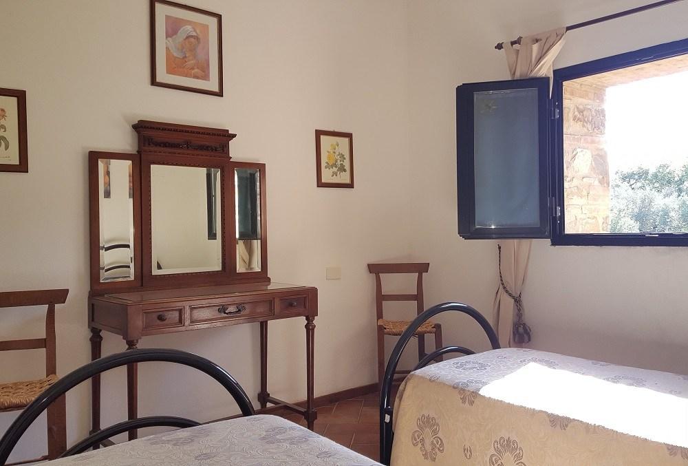 camera letti singoli-Appartamento Raffaello - La Dragona