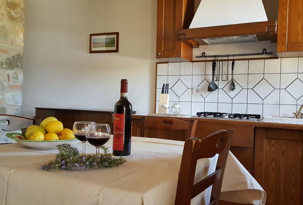 cucina-Appartamento Raffaello - La Dragona